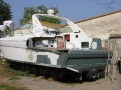 Restauração reformas consertos em barcos e lanchas de fibra de vidro